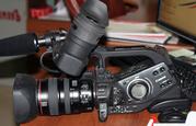 Продам проффесиональную видеокамеру Canon XL H1