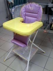 Продам стульчики для кормления Деми